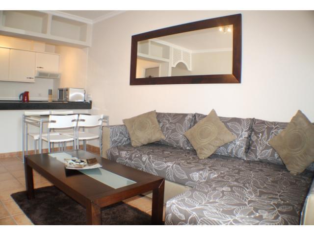 No 5 Lounge - Playa Park Apartment , Puerto del Carmen, Lanzarote
